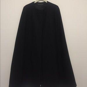Women's Black Wool Zara Cape Sz. Smalll